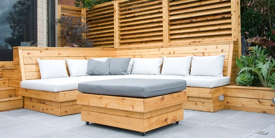 Exterior modern furniture montreal outdoor living - Comment faire une banquette en bois ...