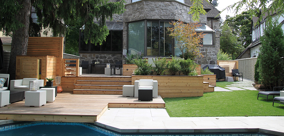 Modern patio montreal outdoor living - Photo de terrasse moderne ...