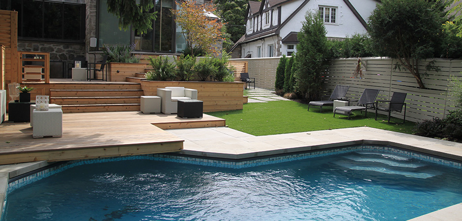 Backyard pool decking montreal outdoor living for Outdoor pool backyard