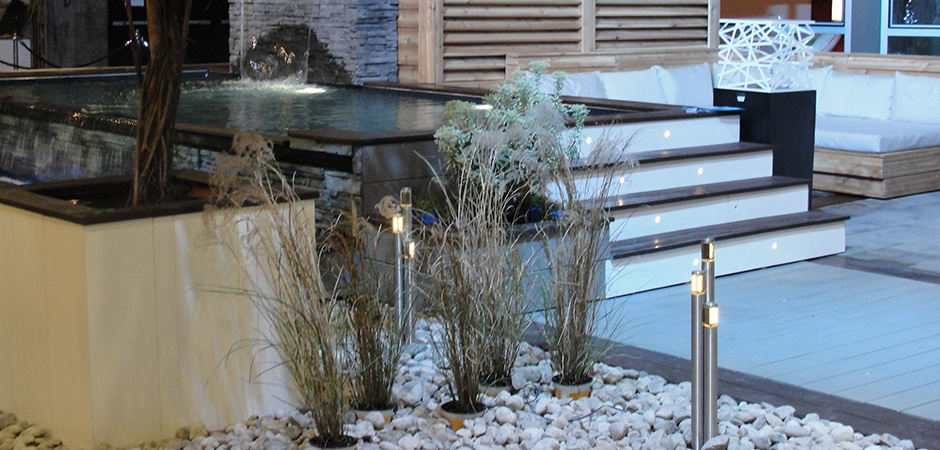 L clairage ext rieur montreal outdoor living for Mobilier exterieur montreal