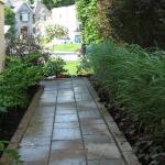 Modern Home Garden Solution 15