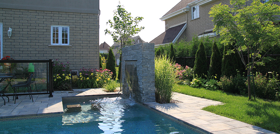 Projets de piscine archives montreal outdoor living for Amenagement contemporain