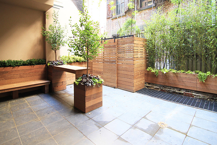 Modern Backyard Design Ideas - Montreal Outdoor Living on Modern Landscaping Ideas For Small Backyards id=64349