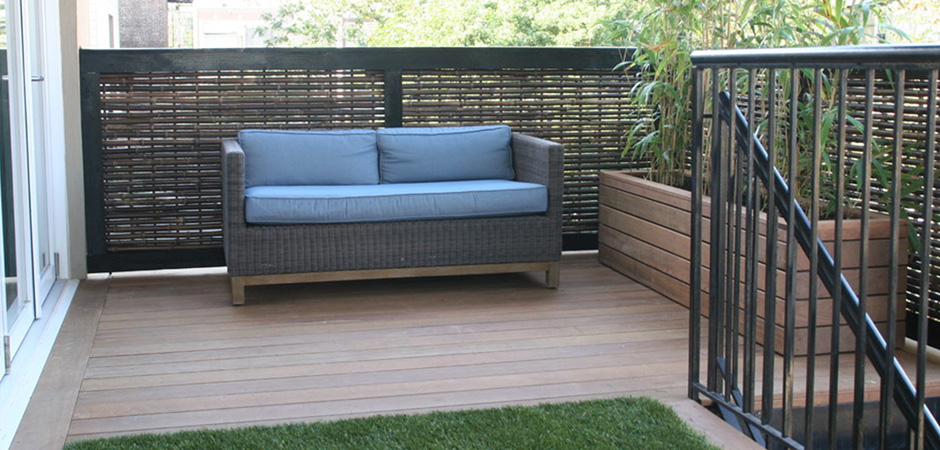 un luxueux balcon montr al montreal outdoor living. Black Bedroom Furniture Sets. Home Design Ideas