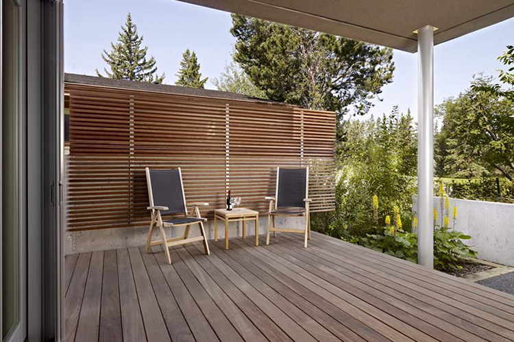Modern deck and deck railing ideas montreal outdoor living - Decke modern ...
