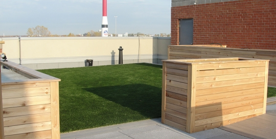Rooftop Synthetic Grass 1
