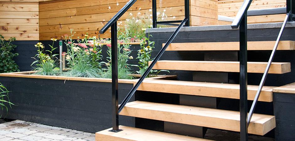 Minimalist Pine Steps 02