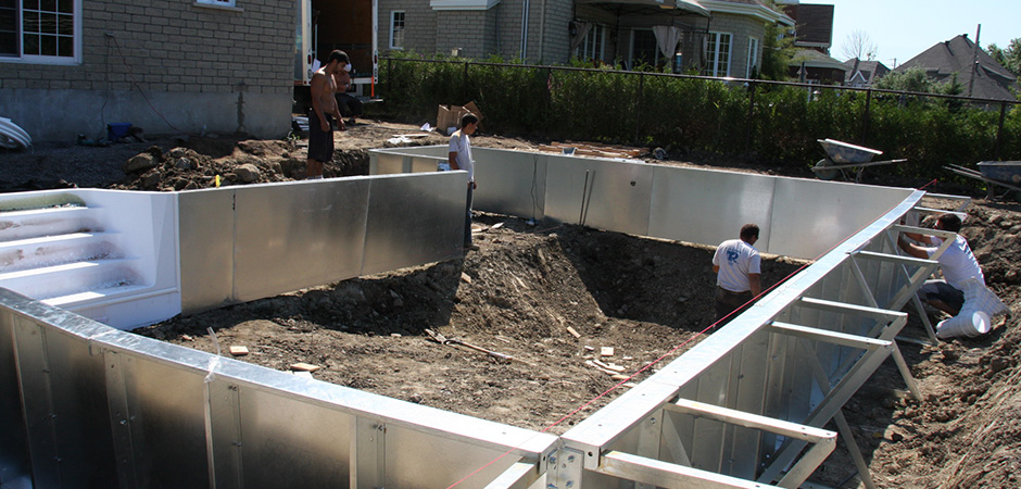 Pool construction design montreal outdoor living for In ground pool contractors